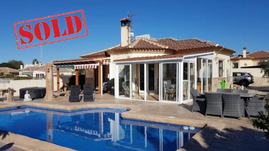 villa sold Arboleas